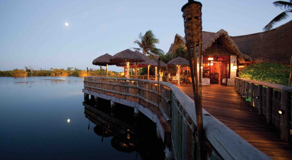 Best places to eat on Grand Cayman for a night to remember
