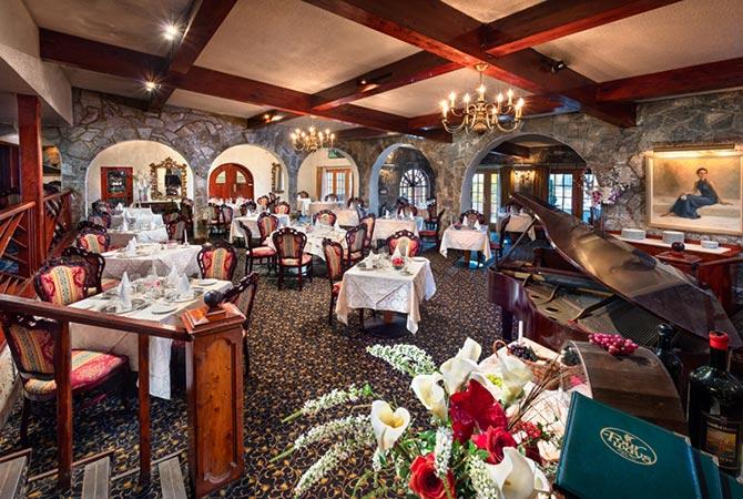 Fourways Inn & RestaurantBermuda