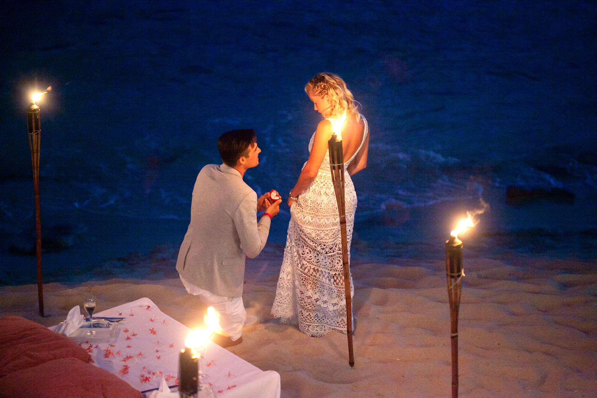 pop the question in St Maarten