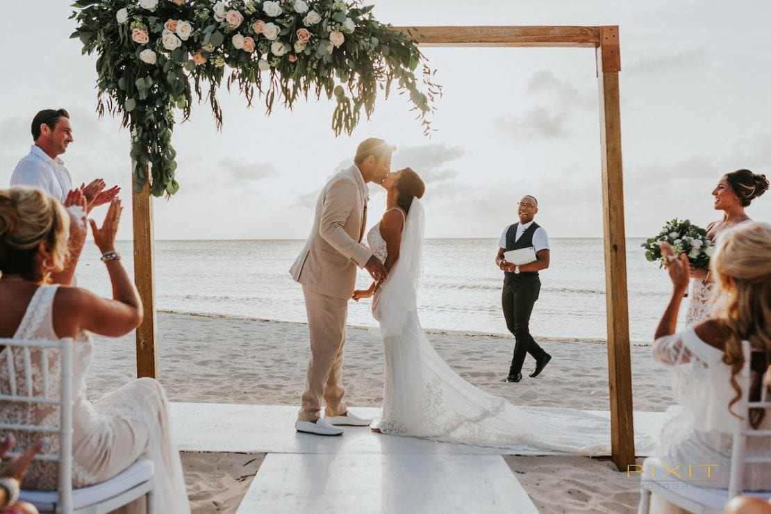 Planning an Aruba wedding – the best venues and tips from the experts