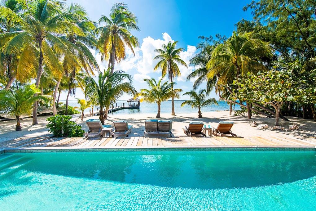 Grand Cayman Villas & Condos